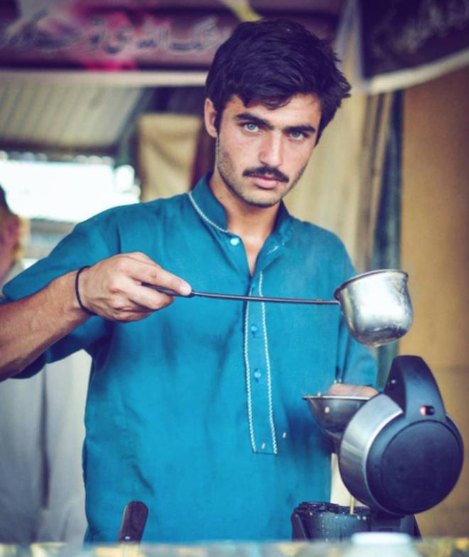 Pakistani 'chai wala' turns model after finding fame