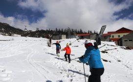 किन ओझेलमा : मनमोहक कालिञ्चोकको 'स्की' कथा (तस्विरसहित)