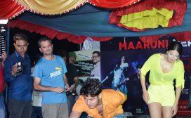 चलचित्र 'मारुनी' को टीम नेपाल टूरमा